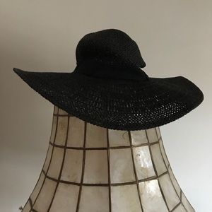 H&M • Straw Hat Black Size Small